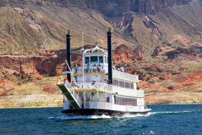 desert-princess-lake-mead-cruises-dinner-cruise