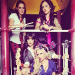 Free all girl band Dollface at Excalibur